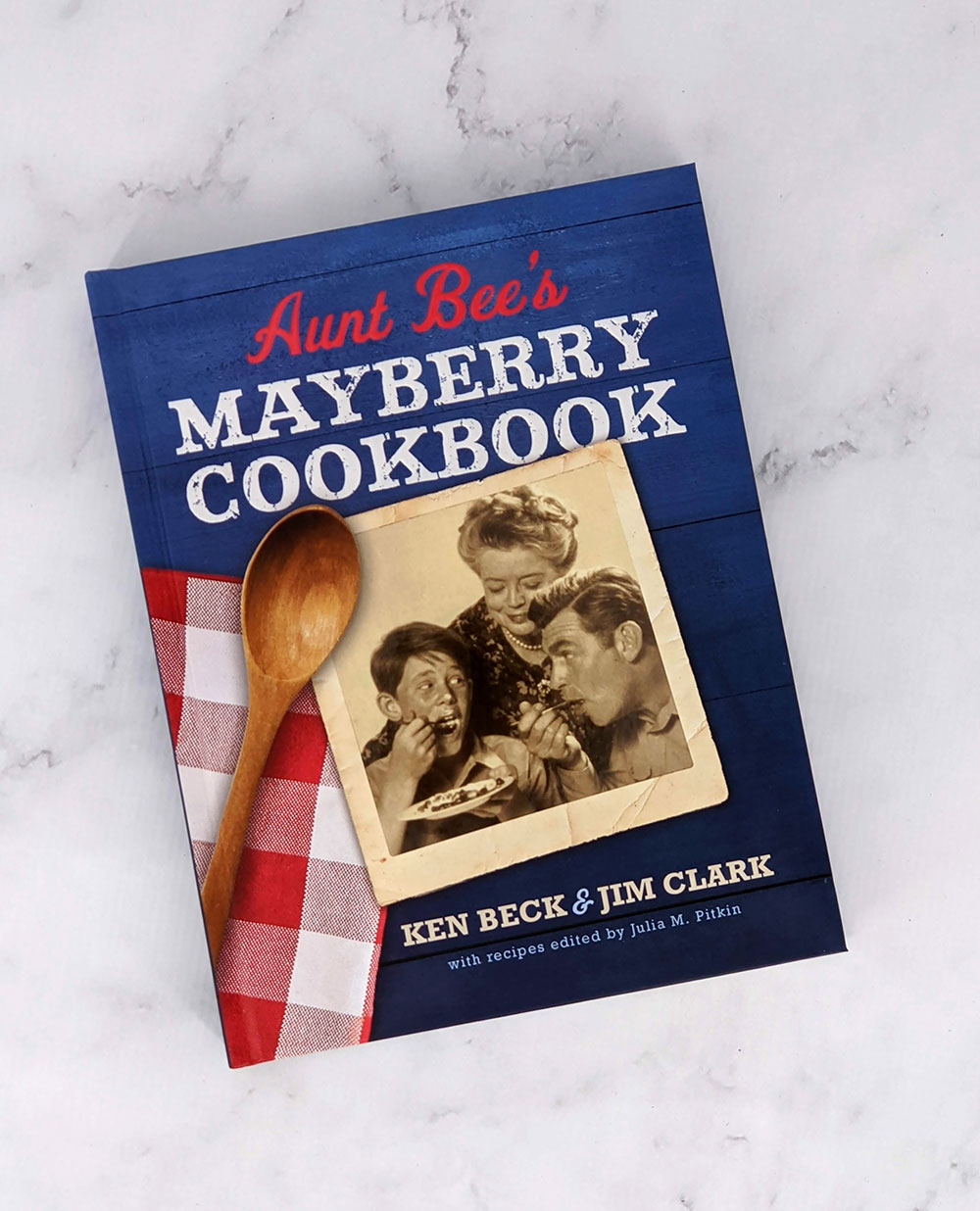 cover of aunt bees mayberry cookbook